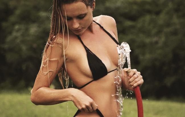 Серфингистка Алана Бланшар