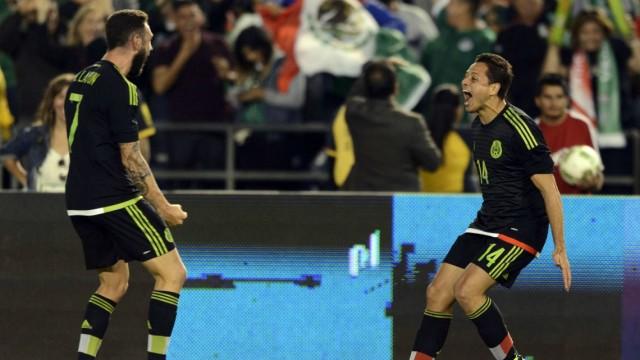 Чичарито сборная Мексики