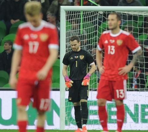 Сборная России — аутсайдер матча с бельгийцами