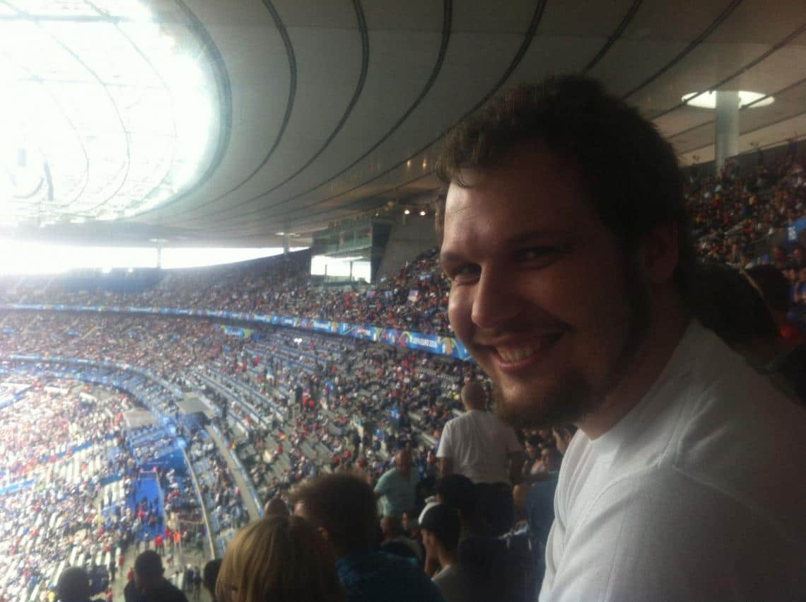 Андрей Кривоногов на стадионе