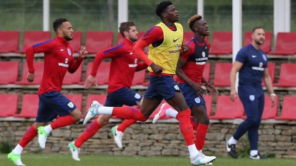 Тренировка молодежной сборной Англии