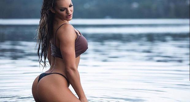 Фитнес-модель Сара Аллен
