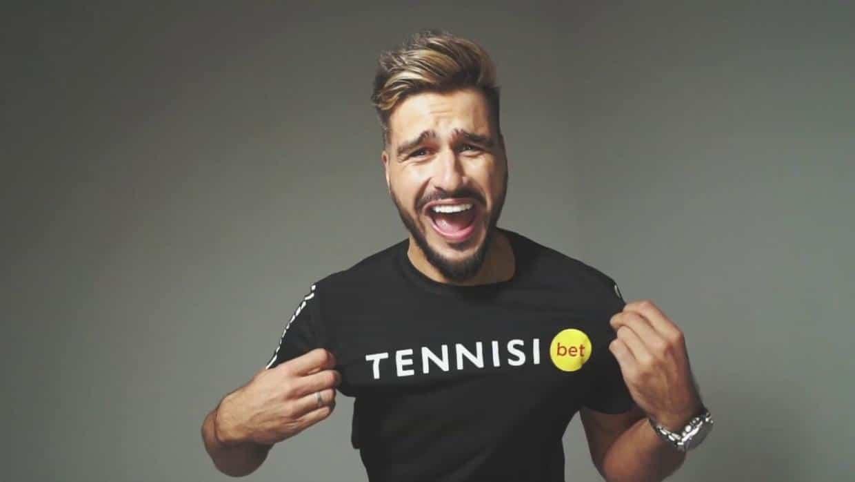 красава тенниси