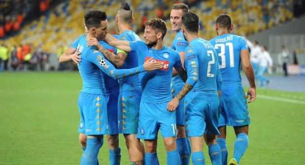 Наполи — Ювентус и еще два футбольных матча: экспресс дня на 1 декабря 2017