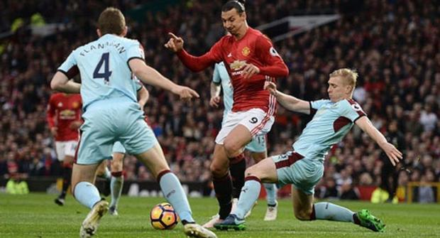 «Манчестер Юнайтед» несправился с«Бернли» на«Олд Траффорд»