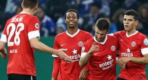 Майнц — Вольфсбург и еще два футбольных матча: экспресс дня на...
