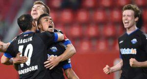 Падерборн — Бавария и еще два футбольных матча: экспресс дня на...