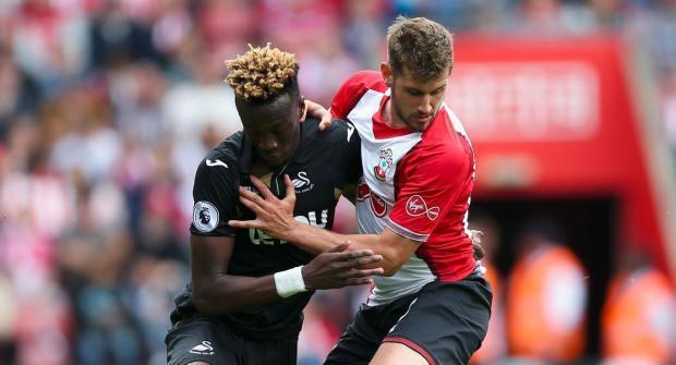 Суонси — Саутгемптон и еще два футбольных матча: экспресс дня на 8 мая 2018