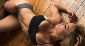 Лора Дрейн — фитнес-модель
