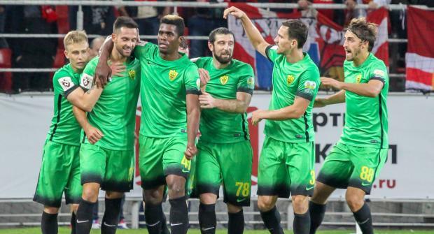 Анжи — Оренбург и еще два футбольных матча: экспресс дня на 17 августа 2018