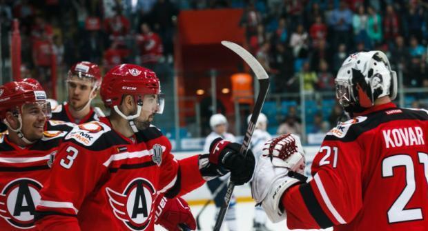 Автомобилист — Салават Юлаев и еще два хоккейных матча: экспресс дня на 14 октября 2018