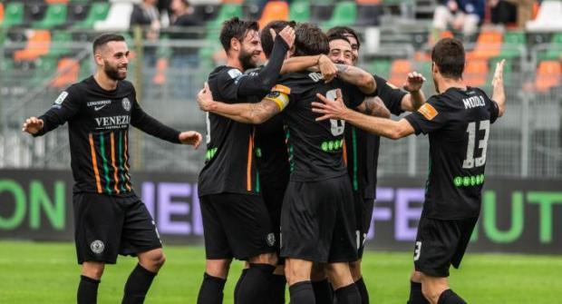 Прогноз и ставка на матч Ливорно — Венеция 24 февраля 2019