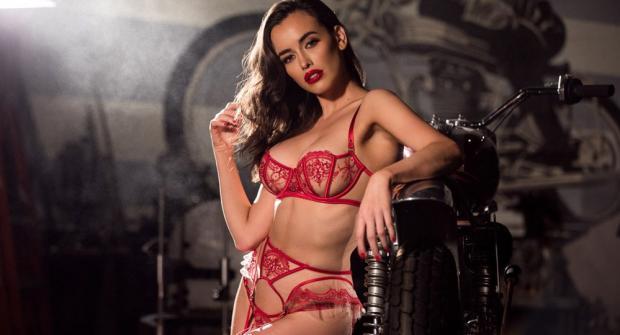 Сара Стивенс — австралийская модель