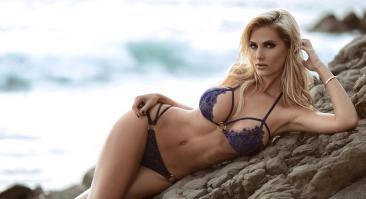 Леанна Бартлетт — фитнес-модель