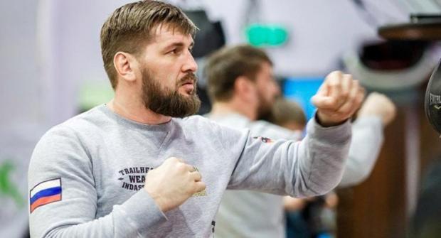 Прогноз и ставка на бой Виталий Минаков - Хави Айяла 25 августа 2019