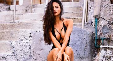 София Миакова — американская модель