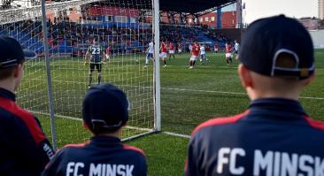 На тренировке «Минска» после карантина было 14 игроков (6 дублеров). Коэффициент на его поражение — 2.43