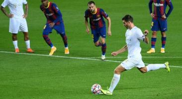 У «Барселоны» перед матчем с «Ференцварошем» остался один центрбек. Коэффициент на обе забьют — 1.63