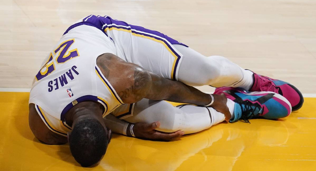 Букмекеры котируют «Бруклин» фаворитом НБА после травмы Леброна