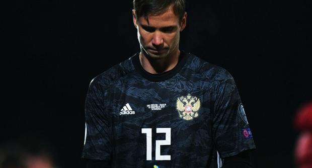 Букмекер оценил вероятность того, что Антона Шунина признают лучшим вратарем Евро-2020