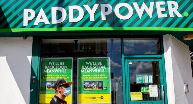 Британский букмекер первым в мире установил месячный лимит проигрыша для клиентов моложе 25 лет