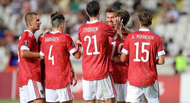 Сухая победа, пенальти и гол Смолова. На что ставить в матче Россия — Мальта