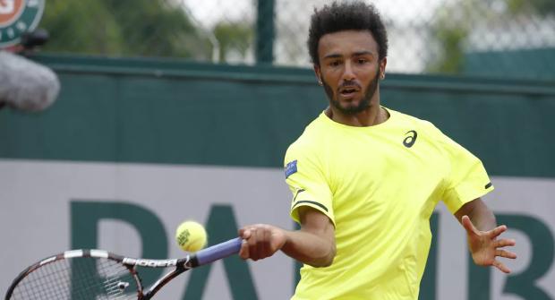 Французский теннисист провел подозрительный матч против соперника без рейтинга. Глупо ошибался, а коэффициенты показывали странное движение